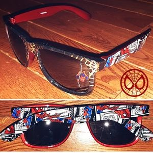 2/10$🛍 Marvel Spiderman Graphic Sunglasses